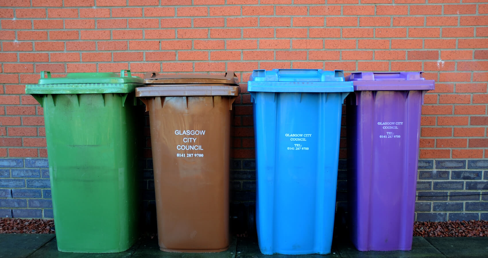 Domestic bin cleaning Glasgow slide